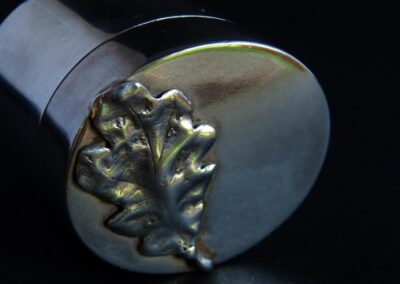 Sterling silver trinket box.  The oak leaf has been cast from a real leaf, making every box unique.  You can even supply your own leaf if you have one that means something special to you or a loved one.  Made to order from £260.00 for a circular box, 35mm high and 40mm wide (ref. boxrs-01)